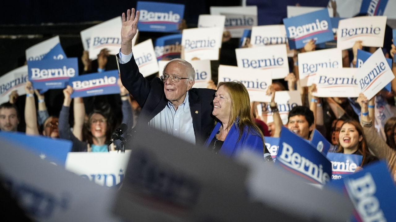 Sen. Bernie Sanders and his wife Jane at a campaign rally.