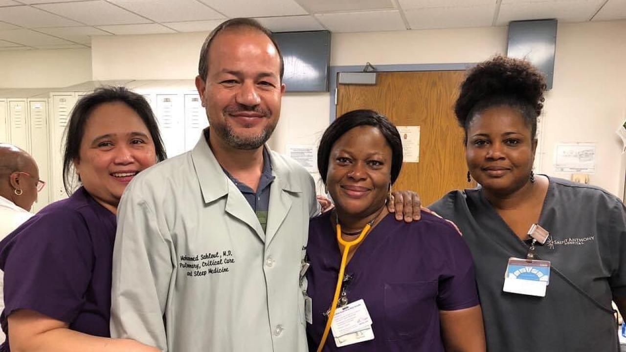Dr. Zaher Sahloul and nurses at a Chicago hospital