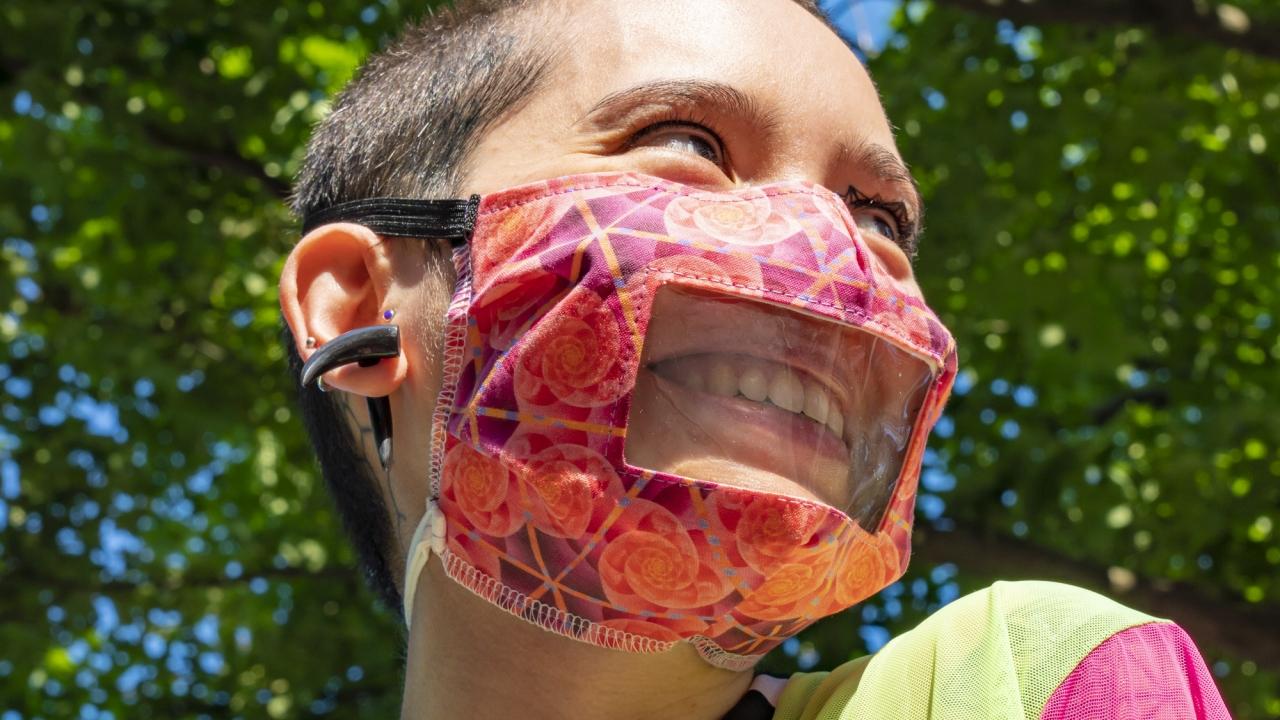 Sky Cubacub wears a window mask